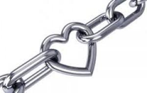 El amor que lastima la individualidad. Artículo de Francisco Javier Díaz Calderón